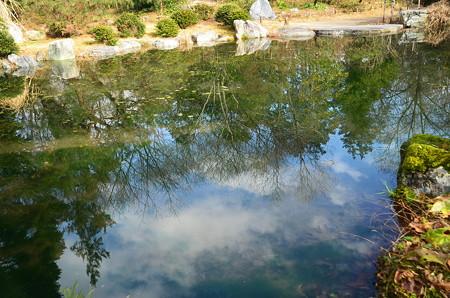 冬空を映す琵琶湖