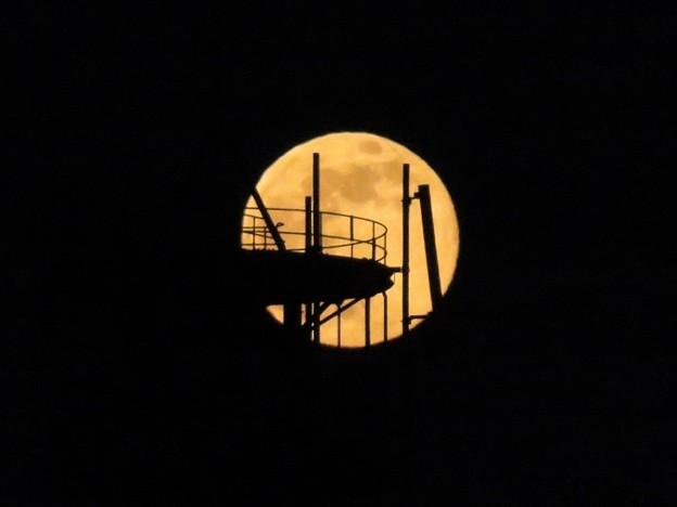 満月(ストロベリームーン?)_3359