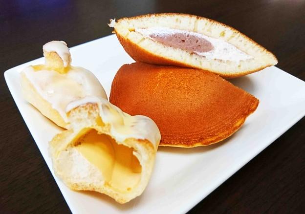 モンテールイタリアマロンのサンドケーキ ジャージー牛乳のプチエクレア生キャラメル