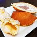 Photos: モンテールイタリアマロンのサンドケーキ ジャージー牛乳のプチエクレア生キャラメル