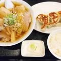 写真: ラーメン大和餃子セット