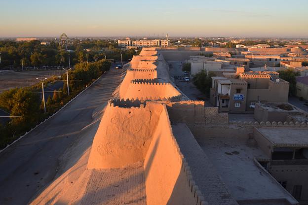 ヒヴァ 城壁