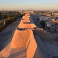 写真: ヒヴァ 城壁