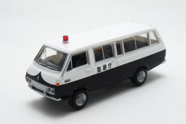 トミーテック_THE CAR COLLECTION 80 TOYOTA HIACE_001