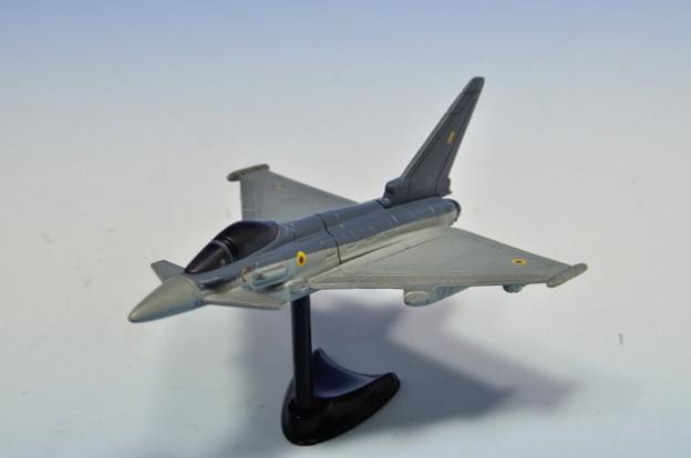 フルタ_チョコエッグ 世界の戦闘機シリーズ 第1段 ユーロファイター2000タイフーン_001