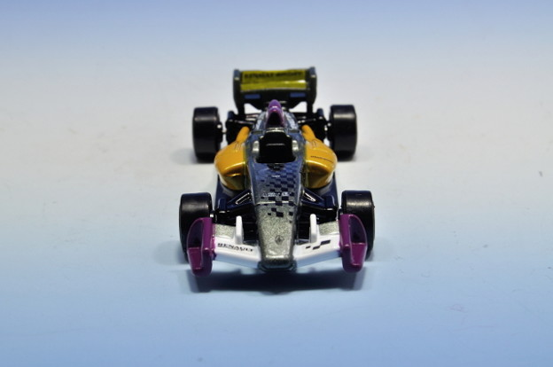 タカラトミー_トミカ フォーミュラ ルノー 3.5 Formula Renault 3.5_005