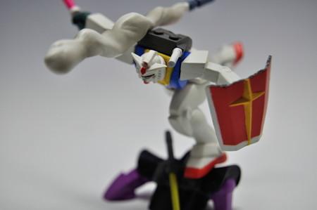 バンプレスト_機動戦士ガンダム ビネットコレクション3 ドムを踏み台にするガンダム_009