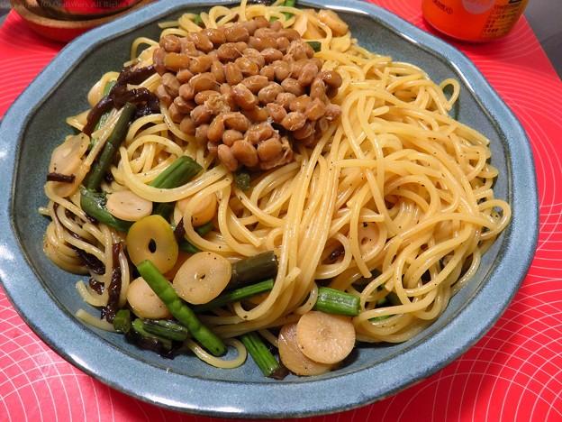 Photos: 納豆と山菜のパスタ