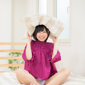 Photos: 「枕投げ? や~だぁ」