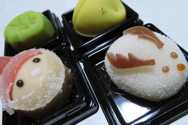 和菓子でサンタ。