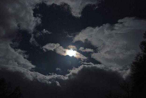 一応パンチホール彩雲