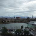 天気がいいと、立山連峰と環水公園一望