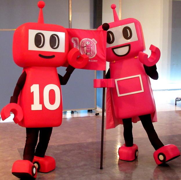 PASMOのミニロボット と PASMOのロボット