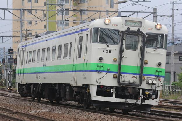 キハ40形700番台キハ40-839 普通江差行き