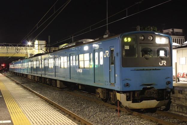 201系ケヨK2編成 普通成東行き