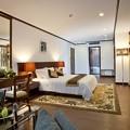 Photos: The Oriental Jade Hotel