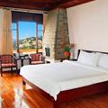 Photos: Diamond Bay Resort & Spa