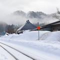 写真: 只見線の会津西方駅