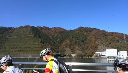 宮ケ瀬ダム近く