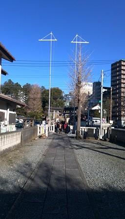 初詣 午前中は晴れていました。