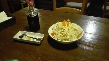 サラダとスパイスとソース