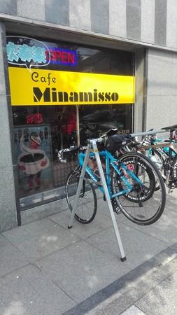 自転車ラック@カフェ ミナミッソ