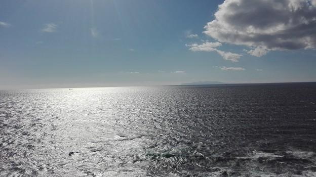 伊豆大島と大海原に光と影があり@城ヶ島