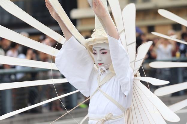 鷺踊りの少女
