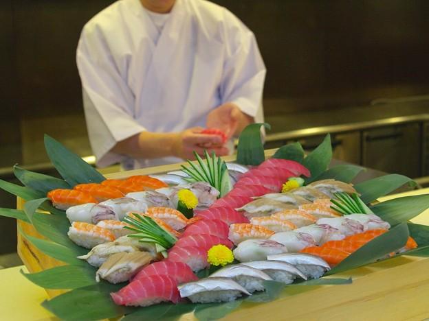 016 バイキングお料理イメージ(客前調理でお寿司も握りたて) by ホテルグリーンプラザ軽井沢