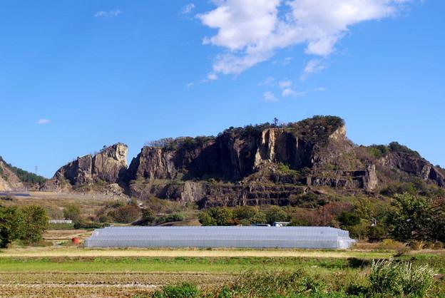 写真: 岩舟山