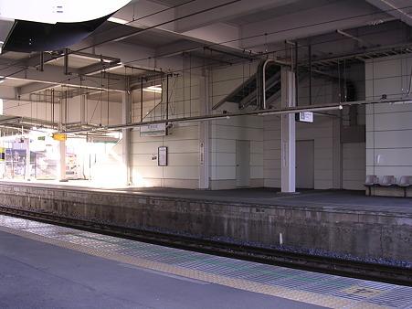 武蔵高萩駅ホーム2