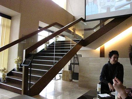 プライベートルームへの階段