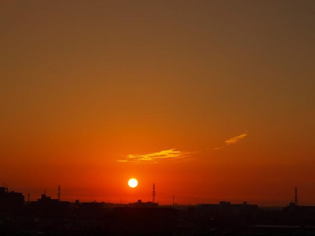 Photos: 朝焼け「今日も暑そうだ」