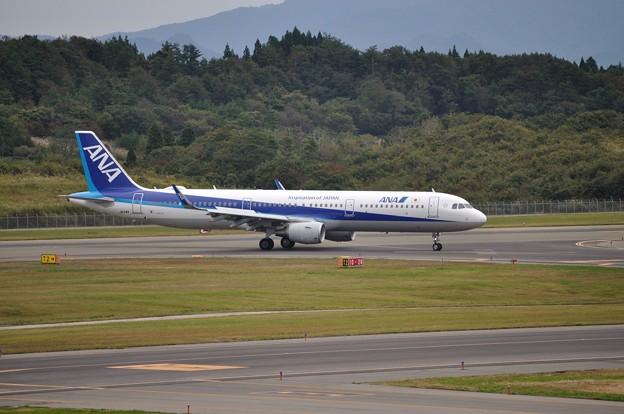 ANA A321ceo 秋田空港 17-10-06 15-04