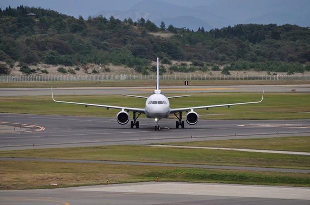 ANA A321ceo 秋田空港 17-10-06 15-04_01