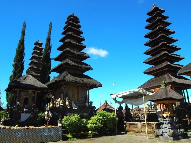 メル -ウルン・ダヌ・バトゥール寺院-/Meru -Pura Ulun Danu Batur-