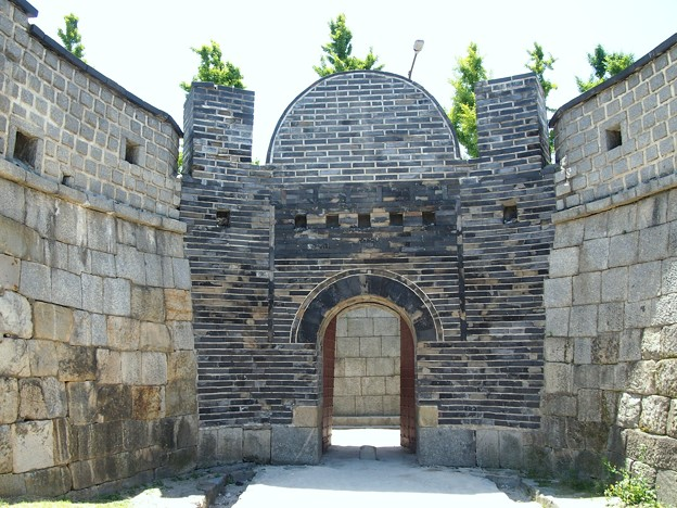 "東暗門 -水原華城-/Dongammun""Eastern Secret Gate"" -Hwaseong Fortress-"