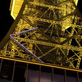 写真: 下から見上げた名古屋テレビ塔のイルミネーション - 3