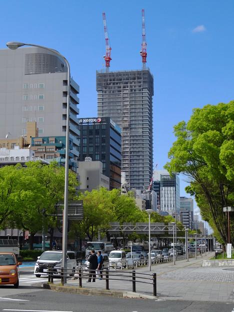 写真: 建設進む御園座の高層マンション(2017年4月18日) - 7