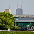写真: 庄内川沿いから見えた、建設途中の御園座ビル - 2