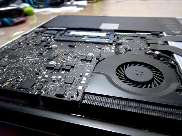 MacBook Pro 2012の内部 - 8
