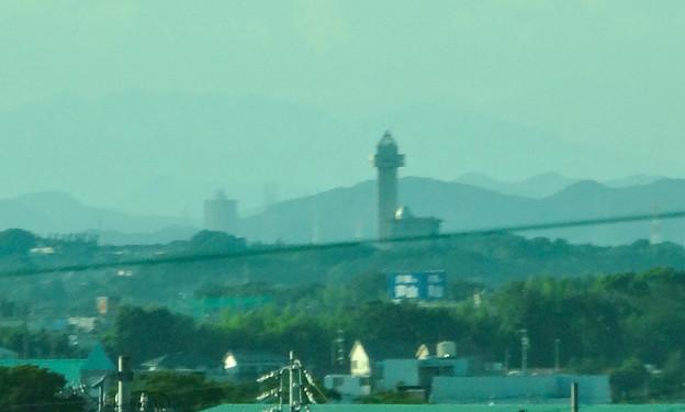 リニモ車内から見えたスカイワードあさひとスカイステージ33 - 2