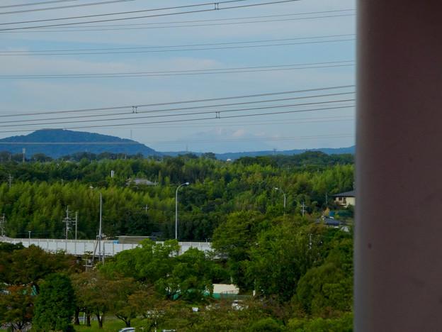 初秋の落合公園 水の塔から見た御嶽山 - 3