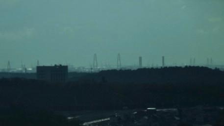 リニモ車内から見えた名港トリトン - 2