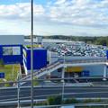 写真: オープン1ヶ月後でも大勢の人で賑わう「IKEA長久手」 - 1