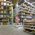 写真: オープン1ヶ月後でも大勢の人で賑わう「IKEA長久手」 - 30:巨大な棚がある1階の倉庫兼ショールーム(パノラマ)