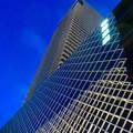 写真: 建物が完成した4月再開場予定の御園座 - 4:下から見上げた御園座タワー