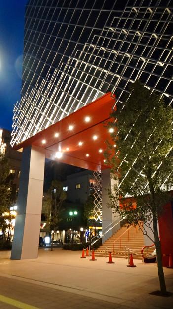 建物が完成した4月再開場予定の御園座 - 9:御園座入り口?
