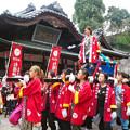 Photos: 女神輿のかき比べ