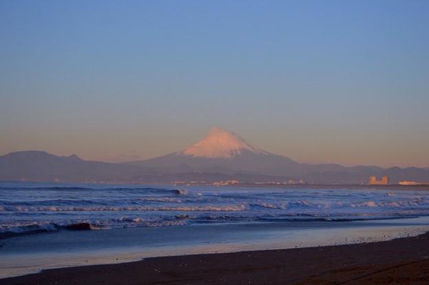 今朝も見える海越しの富士山 #湘南 #藤沢 #海 #波 #wave #surfing #mysky #富士山 #fujisan #mtfuji